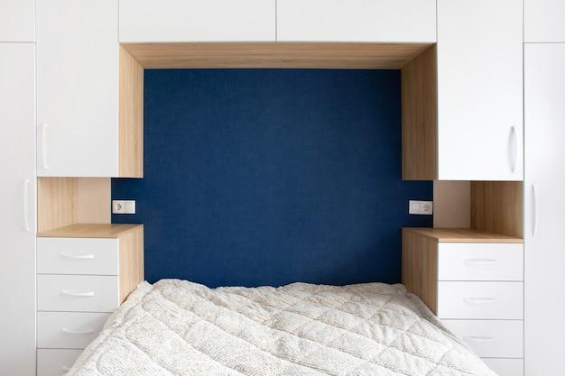 Uitzicht op het interieur van de slaapkamer, mock-up afbeelding met ruimte voor tekst