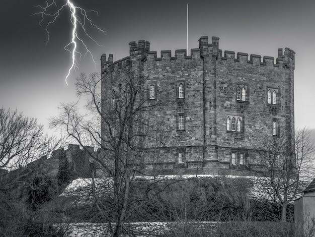 Uitzicht op het kasteel in durham, county durham