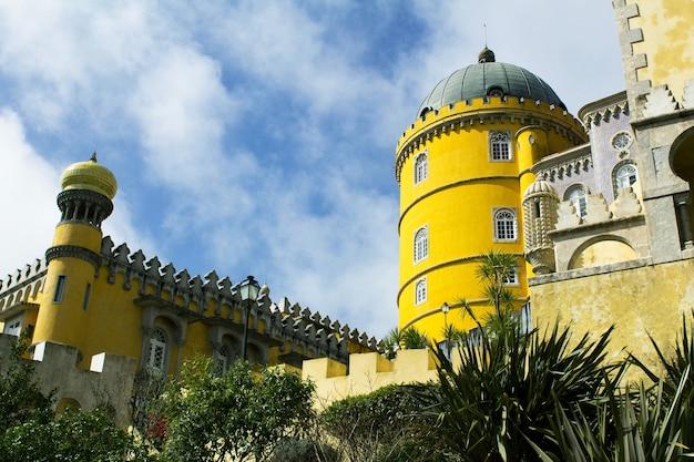 Uitzicht op het middeleeuwse kasteel. portugal.