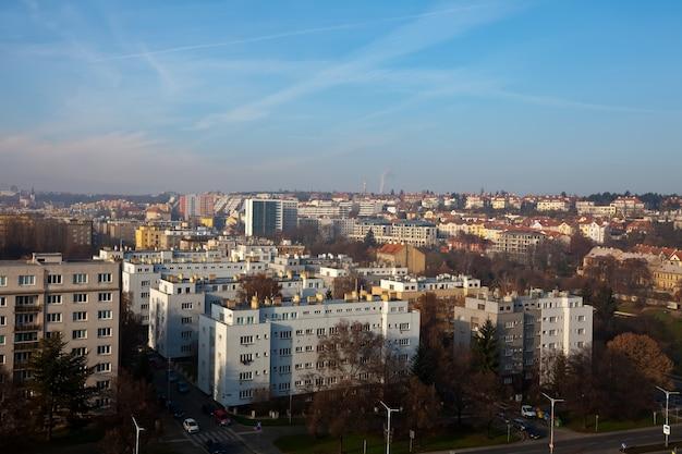 Uitzicht op woonwijk in praag