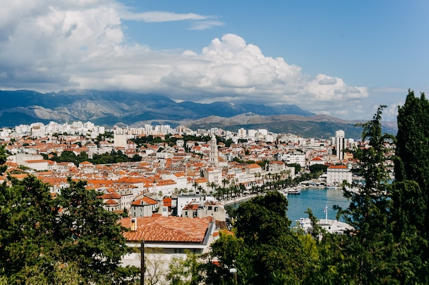 Uitzicht over de stad split, kroatië