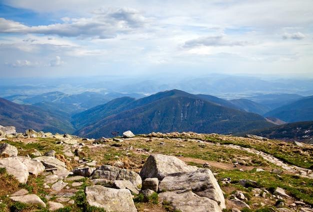 Uitzicht vanaf berg chopok in lage tatra