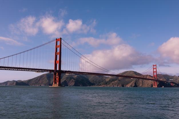 Uitzicht vanaf de golden gate bridge in san francisco, californië