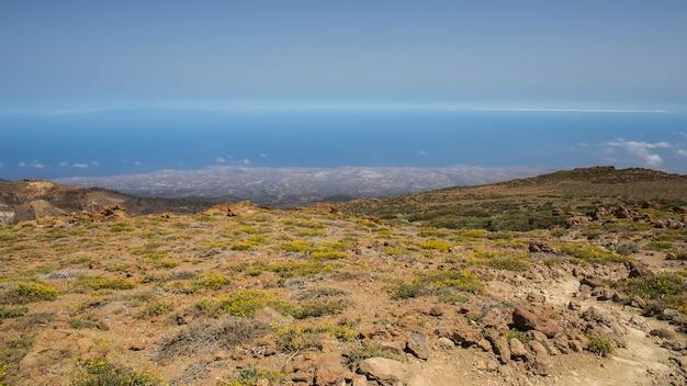 Uitzicht vanaf de guajara in het zuiden van tenerife.