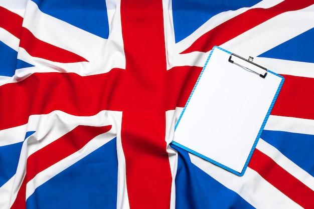 Union jack-vlag en klembord
