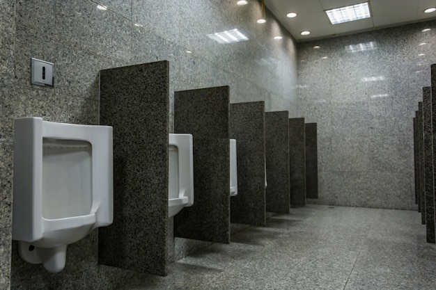 Urinoirs voor mannen