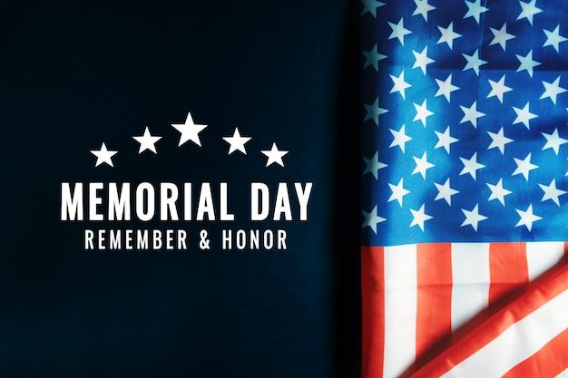 Usa memorial day en independence day concept, vlag van de verenigde staten van amerika op blauwe achtergrond