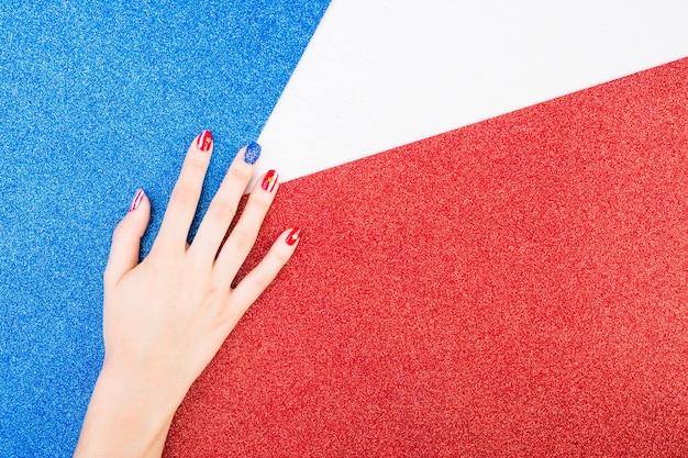 Usa onafhankelijkheidsdag achtergrond met hand