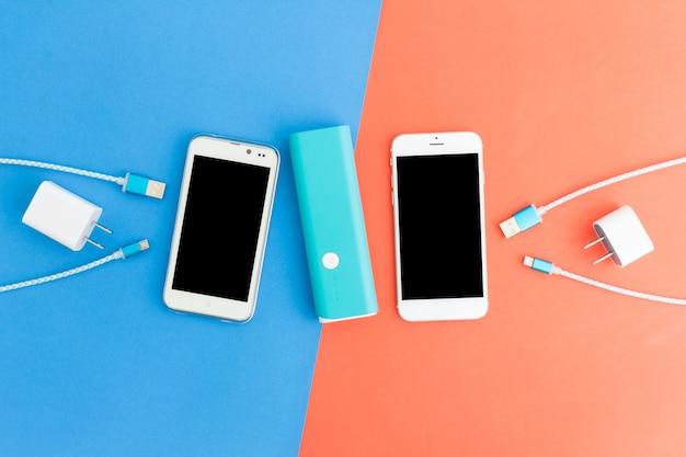 Usb-laadkabels voor smartphone en tablet in bovenaanzicht