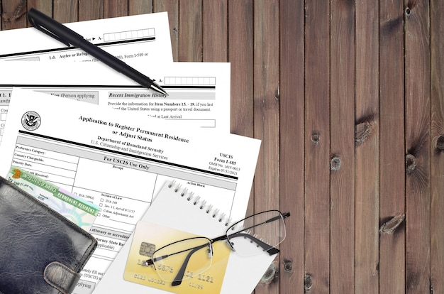 Uscis-formulier i-485 aanvraag om een permanent verblijf te registreren of de status aan te passen