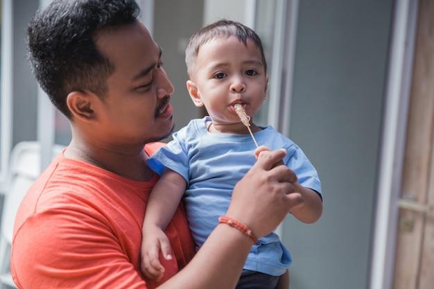 Vader met zijn zoon