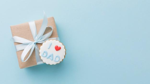 Vaderdag arrangement met cadeau