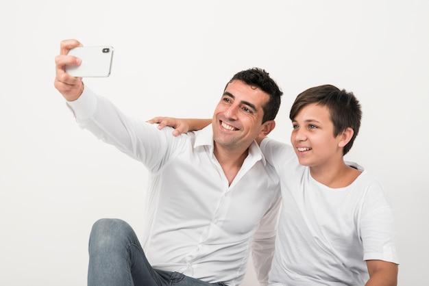 Vaders dag concept met gelukkige familie