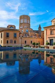 Valencia basilica desamparados en kathedraal