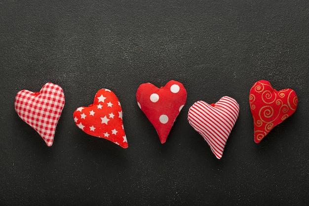 Valentijnsdag, afbeeldingen, rood vilt, valentijnsdag, roze harten, rood patroon, hartvorm, patroonpapier