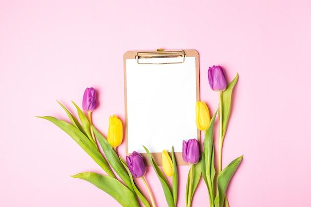 Valentijnsdag dames moederdag 8 maart lente