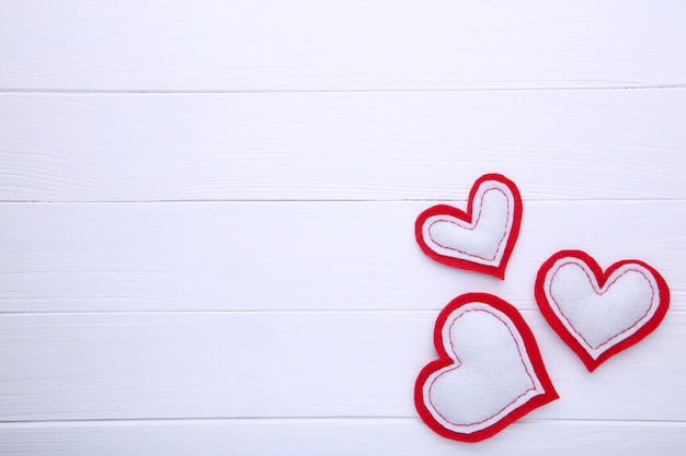Valentijnsdag op witte achtergrond.