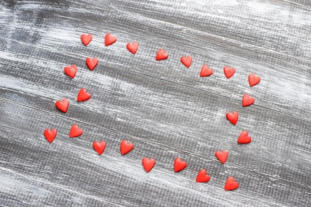 Valentijnsdag rode hartvormige hagelslag.