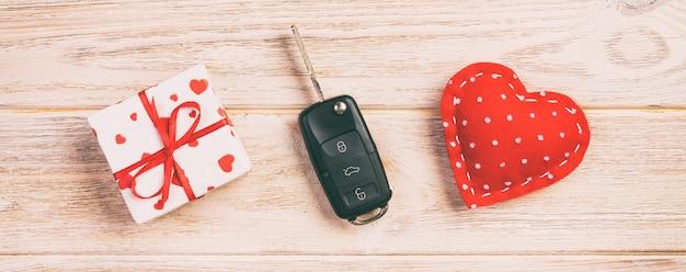 Valentine, geschenkdoos in vakantie wrapper, kopie ruimte voor ontwerp