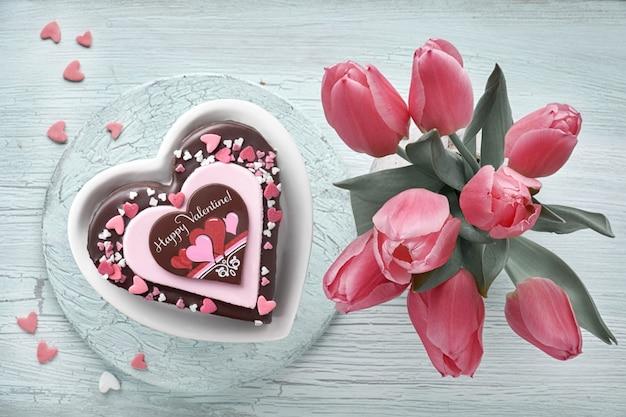 Valentine-hartcake met chocolade