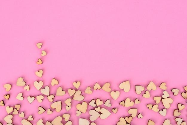 Van achtergrond heilige valentine hartbodem. kleur roze.