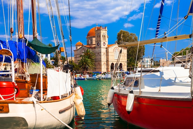 Varen op prachtige griekse eilanden