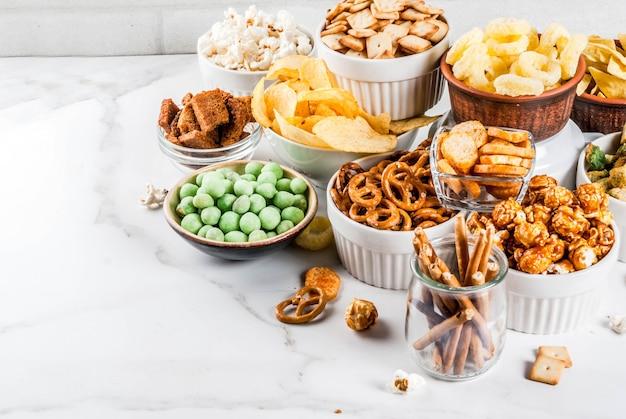 Variatie ongezonde snacks