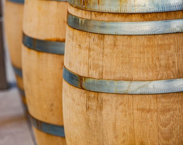 Vaten in de wijnkelder
