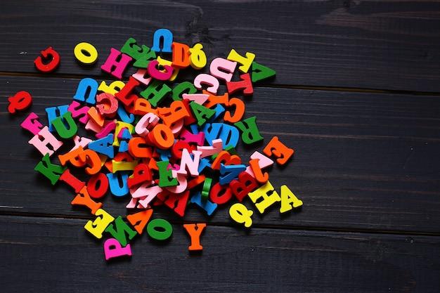 Veel letters als symbool van kennis en leren