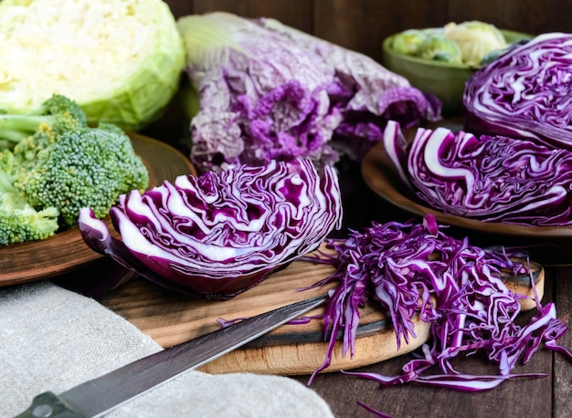Veel soorten kool - rood, broccoli, spruitjes, witte kool