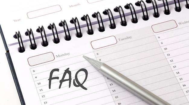 Veelgestelde vragen over de planner met potlood, bedrijfsconcept