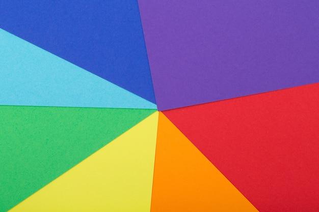 Veelkleurige achtergrond van een karton van verschillende kleuren