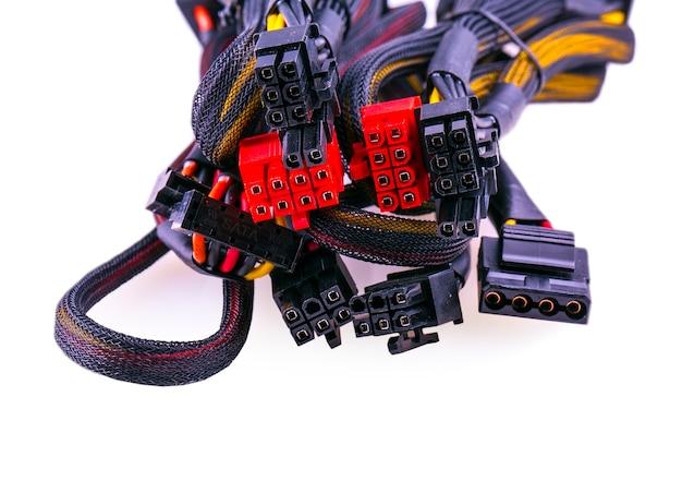 Veelkleurige geïsoleerde computerkabel