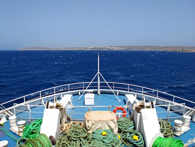Veerboot naar het eiland gozo, malta