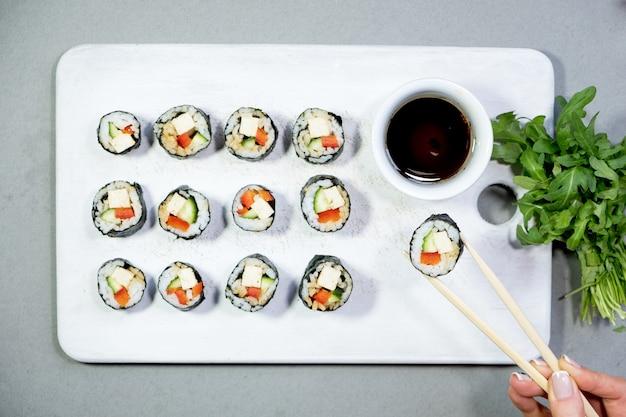 Vegan sushi rolletjes met quinoa