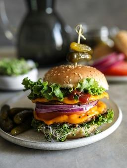 Veganistisch cheeseburger voedsel fotografie recept idee