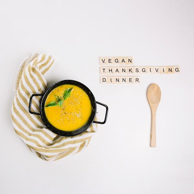 Veganistisch thanksgiving dinner