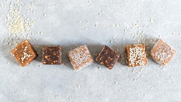 Veganistische snoepjes handige handgemaakte snoepjes lichte desserts op basis van groenten