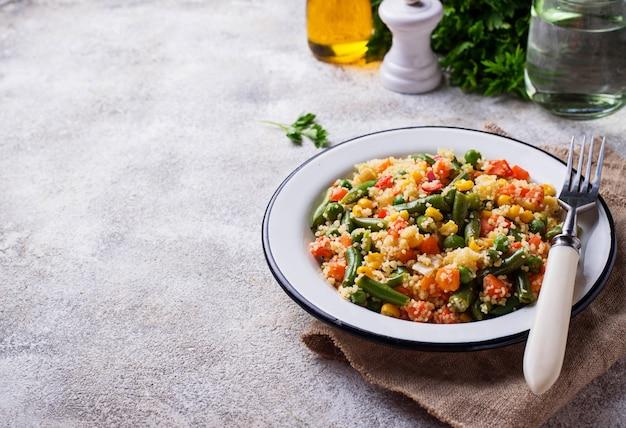 Vegetarische schotelcouscous met groenten