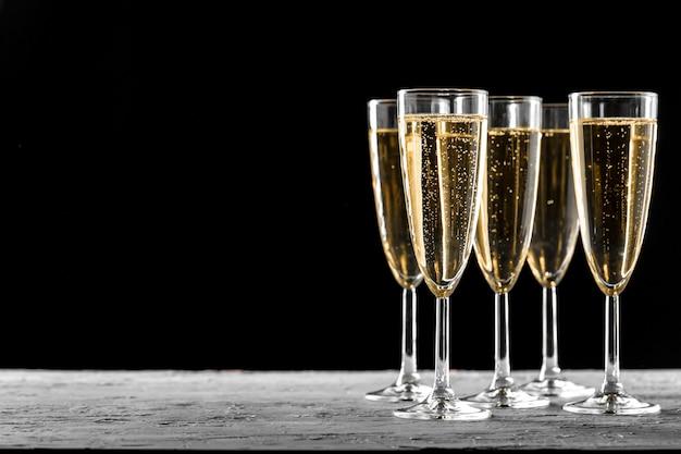 Vele glazen champagne