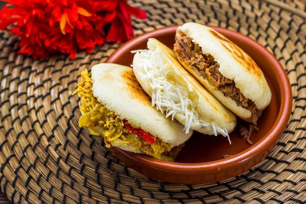Venezolaans typisch eten, arepa
