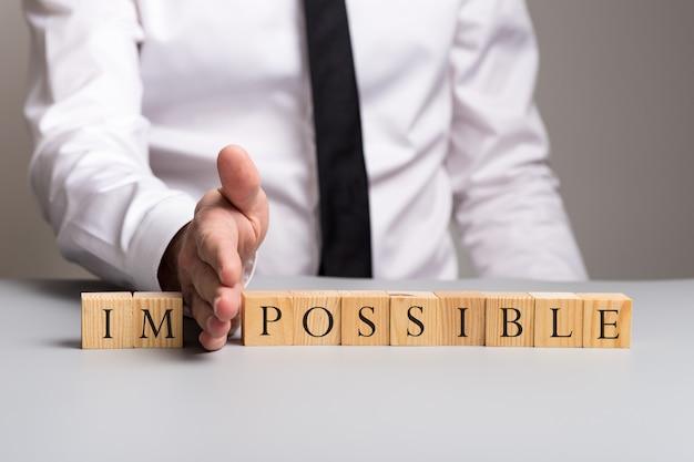 Verander onmogelijk in mogelijk concept