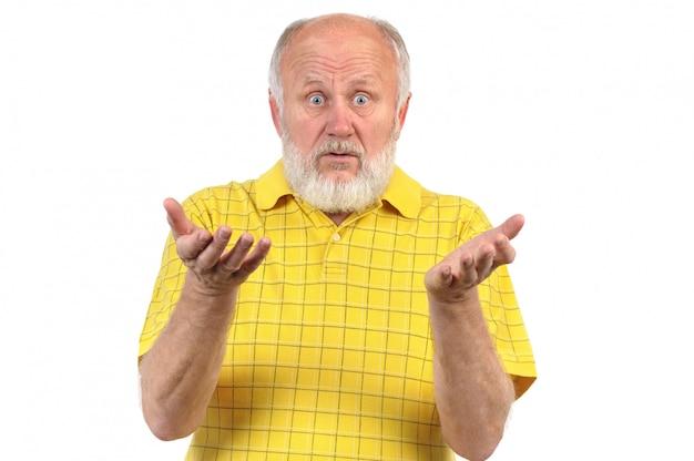 Verbaasd en verbaasd senior kale man