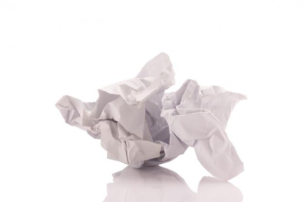 Verfrommeld papier geïsoleerd
