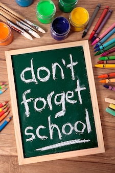 Vergeet school niet