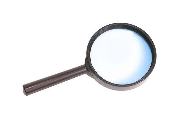 Vergrootglas geïsoleerd op de witte achtergrond
