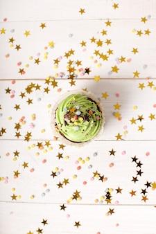 Verjaardag cupcake met sterren
