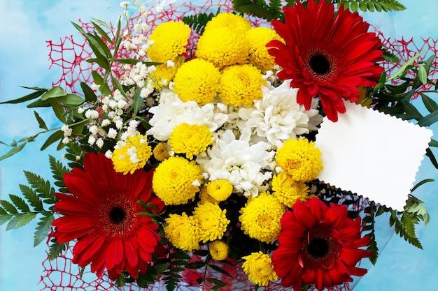 Verjaardag of valentijnsdag plat lag achtergrond. kopieer ruimte voor uw ontwerp of bericht.