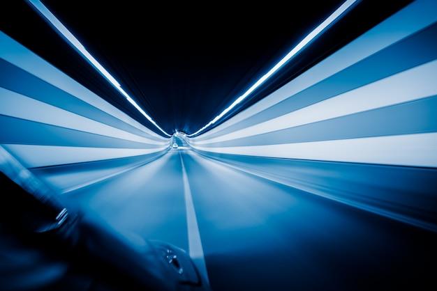 Verkeer in een tunnel