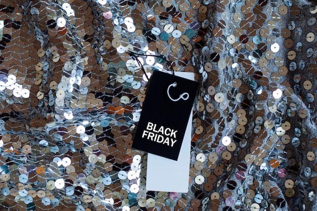 Verkoop-tag met tekst black friday op de sparkles